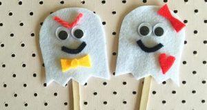 Crear marionetas con palos de helado y fieltro