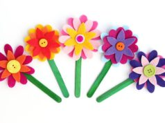 Hacer bonitas flores de fieltro para regalar