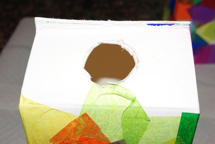 Paso 3 - Quitar el tapón y exceso de cartón