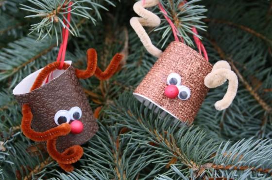 Hacer adornos navideños de renos para decorar el Árbol de Navidad