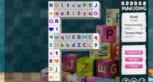 Juego de juntar las letras, los números y los corazones - Jugar online gratis al videojuego Letter Mahjong